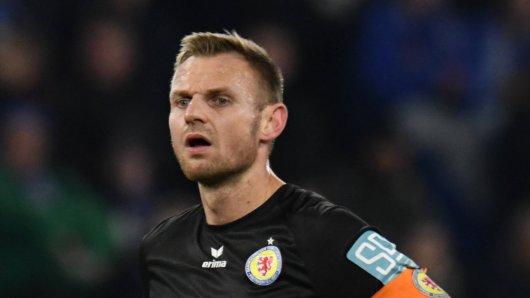 Eintracht Braunschweigs Kapitän Bernd Nehrig im Auswärtsspiel beim MSV Duisburg.