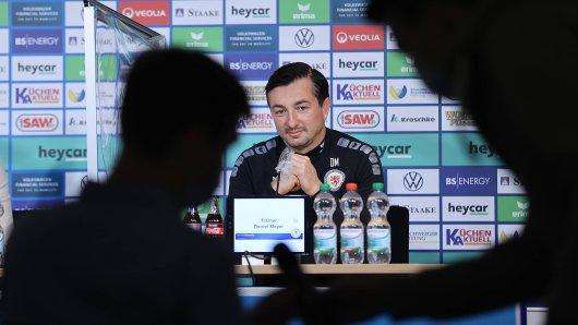 """Daniel Meyer kehrt am Sonntag mit Eintracht Braunschweig nach Aue zurück. Der ehemalige Trainer der """"Veilchen"""" will beim Wiedersehen aber keine Geschenke verteilen."""