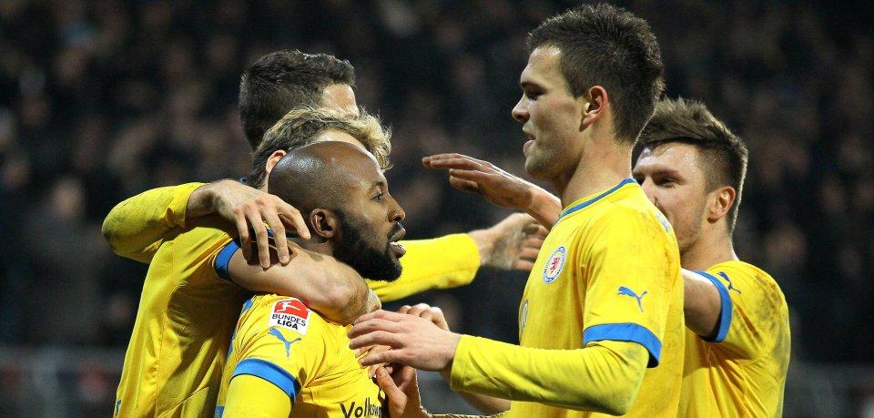 Eintracht Braunschweig: Eine Klublegende will es nochmal wissen.