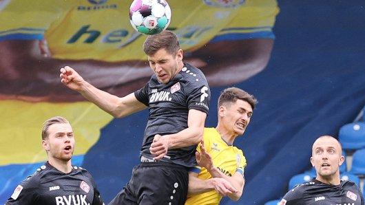 Eintracht Braunschweig empfängt die Kickers aus Würzburg.