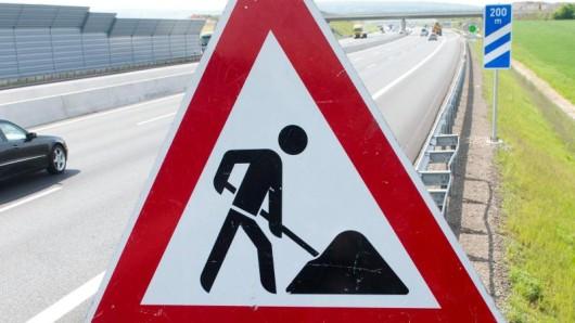 Wegen Bauarbeiten wird es auf der A39 bei Braunschweig wieder mal eng (Symbolbild).