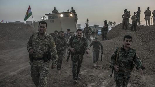 Die Peschmerga-Kämpfer wollen die letzte irakische IS-Hochburg befreien.