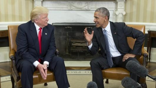 US-Präsident Barack Obama (rechts) bei seinem Treffen mit seinem Nachfolger Donald Trump. (Archivbild)