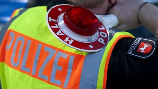 Die Polizei hat in Eschede einen betrunkenen Autofahrer gestoppt (Symbolbild).