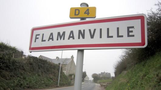 Das Ortseingangsschild in Flamanville.