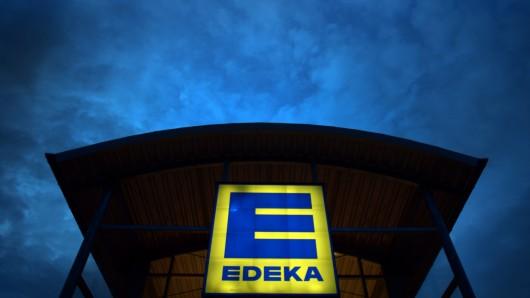 Der Täter hatte es auf den Edeka-Markt in Rüningen abgesehen. (Symbolbild)