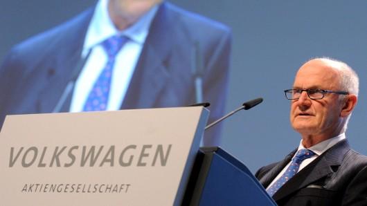 Ferdinand Piëch hatte sich 2015 größtenteils aus der Öffentlichkeit zurückgezogen. (Archivbild)