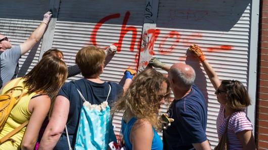 Unter dem Motto Hamburg räumt auf haben die Hamburger am Sonntag das Schanzenviertel aufpoliert.