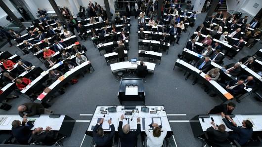 Der Landtag in Hannover während der Sondersitzung.