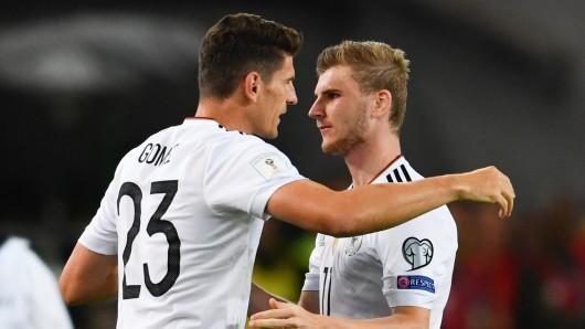 Mario Gomez und sein Nationalmannschaftskollege Timo Werner.