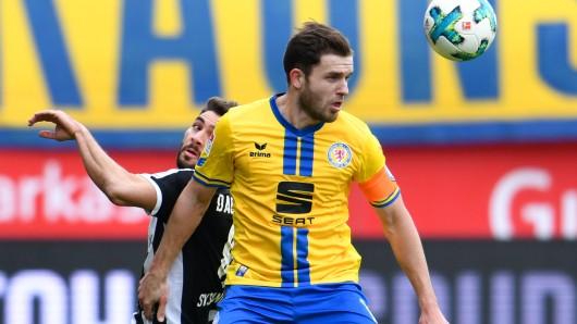 Eintracht-Kapitän Ken Reichel musste indiviuell trainieren. Reicht es für ihn für das Spiel gegen Dynamo?