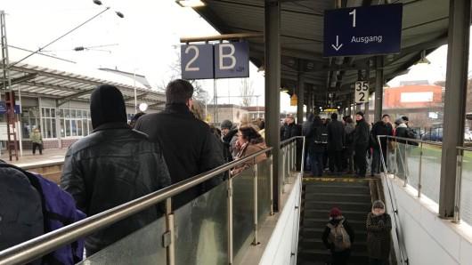 Der Mann war am Bahnhof Peine aus dem Zug gestiegen (Archivbild).