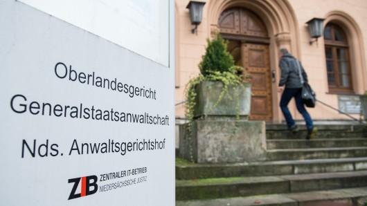 Zwillinge aus Salzgitter stehen ab Freitag vor Gericht. (Archivbild)