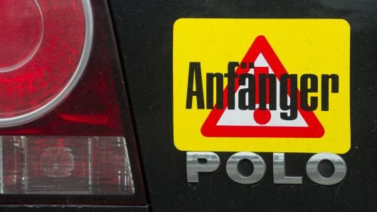 Der Fahranfänger drehte auf dem Hornbach Parkplatz seine Runden. (Symbolbild)