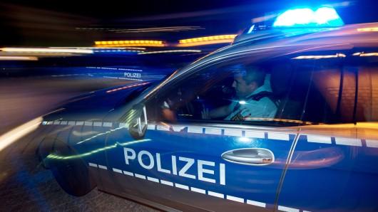 Die Polizei hat von dem Unfall auf der B188 in Richtung Vorsfelde erstmal nichts mitbekommen (Symbolbild).