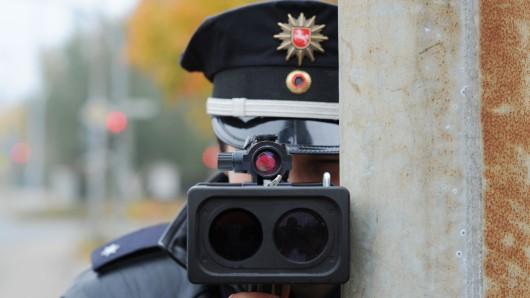 Die Polizei erwischte den Raser am Ostermontag (Symbolbild).