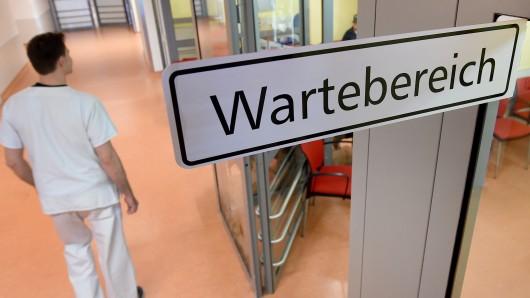 Auch im Klinikum Braunschweig ist die Notaufnahme oft überfüllt (Archivbild).