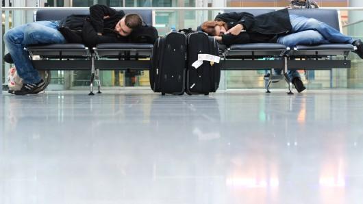 Lufthansa-Passagiere brauchen am Dienstag gute Nerven und mehr Zeit (Archivbild).