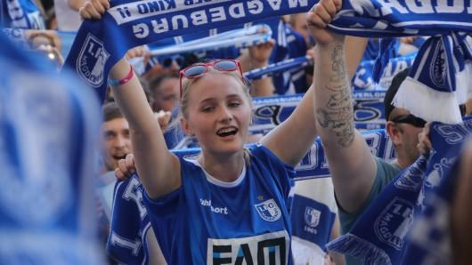 Magdeburger Fans feierten den Aufstieg in die Zweite Liga - jetzt sind sie sogar Meister (Archivbild).