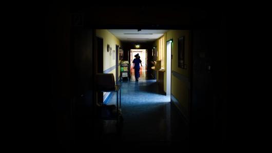 Der Flur einer Krebsstation (Archivbild).