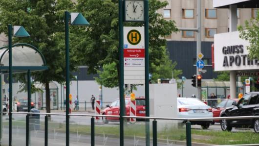 Die Haltestelle an der Hamburger Straße muss verlegt werden.