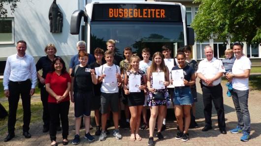 Insgesamt elf neue Busbegleiter gibt's jetzt in Wolfsburg.