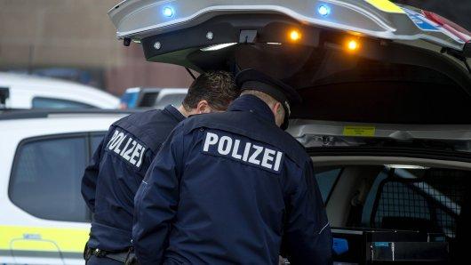 Der VW fuhr mit einem verdächtigen Kennzeichen durch Wolfsburg. Doch da steckte noch viel mehr dahinter.
