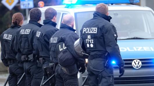 Die Fans von Eintracht Braunschweig konnten sich bei Preußen Münster nicht benehmen. (Symbolfoto)