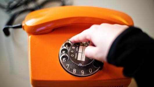 Am Füllerkamp wurde eine Telefonleitung heruntergerissen. Viele Kunden hatten zeitweise keinen Anschluss (Symbolbild).