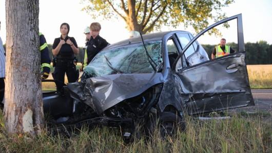 Am Auto entstand Totalschaden.
