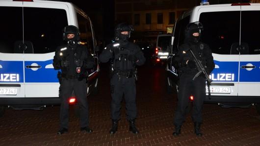 Spezialkräfte aus ganz Niedersachsen waren an dem Einsatz beteiligt.