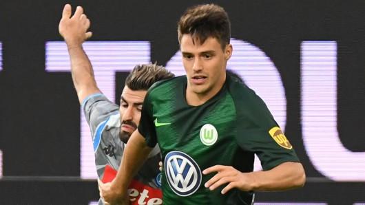 Josip Brekalo ist eigentlich Mittelfeldspieler, aktuell heißt es bei ihm aber Verteidigung (Archivbild).