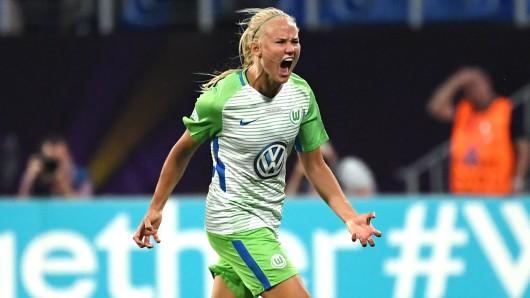 Wolfsburgs Pernille Harder hat allen Grund zum Feiern (Archivbild).