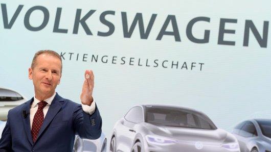 Bei Volkswagen gibt Herbert Diess die Richtung vor (Archivbild).