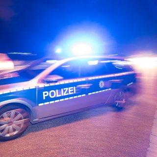 Die Polizei sucht einen Unfallfahrer in Salzgitter. (Symbolbild)
