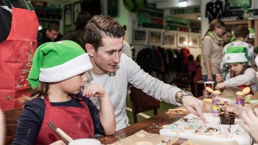 Paul Verhaegh hat ein Herz für Kinder. Und für Kekse.