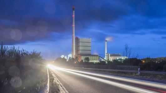 Das Kraftwerk Buschhaus zwischen Schöningen und Helmstedt (Archivbild).