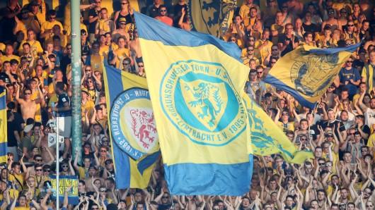 Am Samstag wollen die Fans von Eintracht Braunschweig wieder mal ihr großes Herz beweisen. (Archivbild)