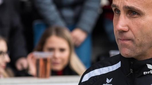 Eintracht Braunschweigs Coach André Schubert weiß die Fantreue in der Löwenstadt zu schätzen. Er freut sich auf viele neue Begegnungen (Archivbild).