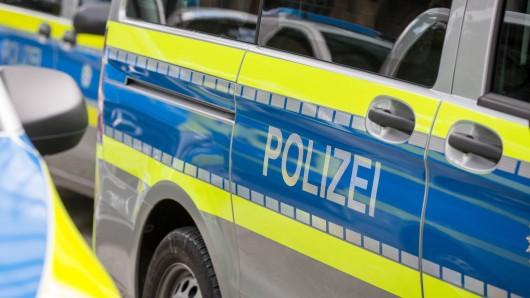 Die Polizei Helmstedt schaut in Emmerstedt genau hin, mahnt aber gleichzeitig zur Ruhe (Symbolbild).