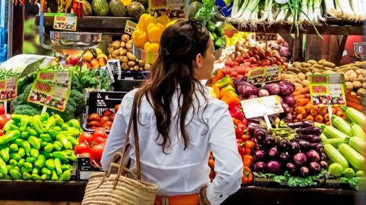 Obst und Gemüse gehören auf jeden Fall zu einer gesunden Ernährung. (Symbolbild)