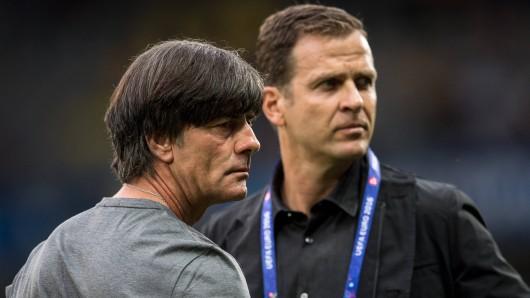 Seit Jahren ein Team und am Mittwoch in Wolfsburg: Bundestrainer Joachim Löw und Nationalmannschafts-Manager Oliver Bierhoff (Archivbild).