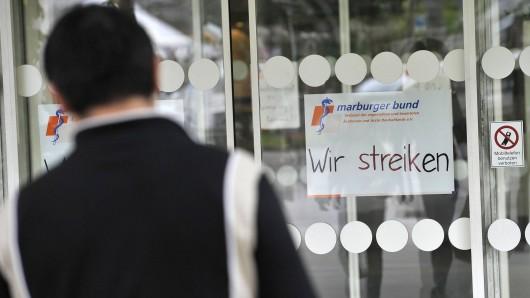 Der Marburger Bund hat für Mittwoch bundesweit zum Warnstreik aufgerufen (Symbolbild).