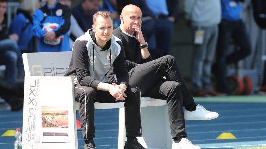 Hier noch Co-Trainer von Eintracht Braunschweig: Christian Flüthmann wird nach dem überraschenden Abgang von André Schubert (rechts) neuer Löwen-Coach.