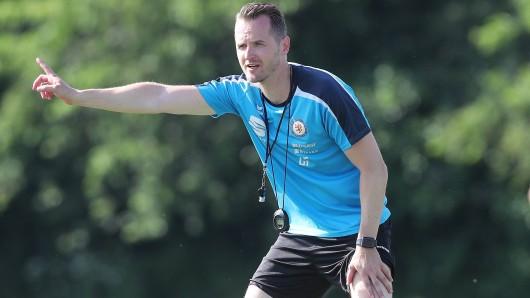 Eintracht Braunschweigs Coach Christian Flüthmann.