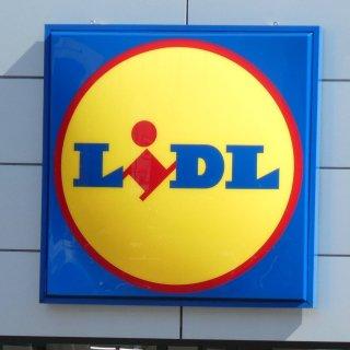 LIdl hat im Werbespot gegen die Konkurrenz geschossen.