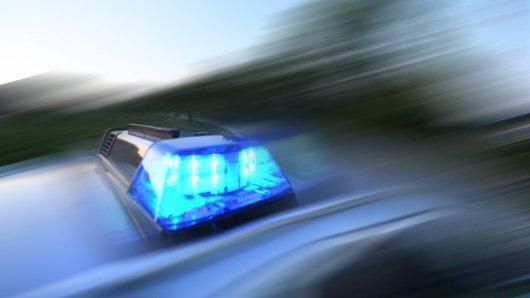 In Flöthe hat die Mann einen Betrunkenen erwischt; er soll vorher mit einem Transporter gefahren sein (Symbolbild).