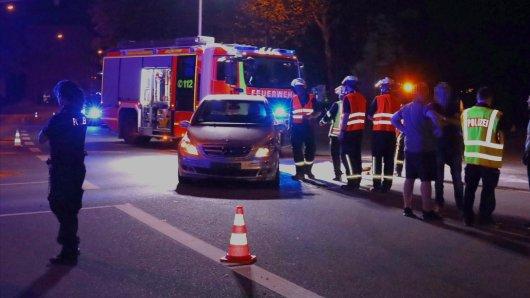 Dieser Daimler wurde in Salzgitter von einem Audi gerammt – der Unfallverursachte suchte dann das Weite...