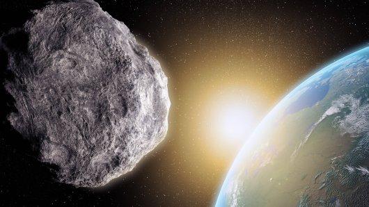 Ein Asteroid raste auf die Erde zu: In der Nacht auf Sonntag war er mithilfe eines Teleskops zu beobachten. (Symbolbild)