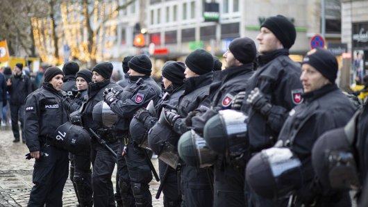 Niedersachsen will aufstocken: Tausende neue Polizisten sollen in Zukunft eingestellt werden. (Archivbild)